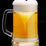 El café acorta la vida… ¿Pero la alarga la cerveza?