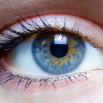 Ojo biónico restaura la vista a un invidente